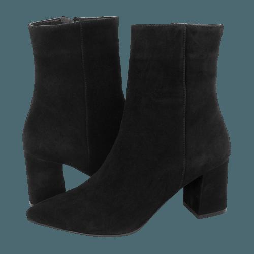 Gianna Kazakou Tuppela low boots