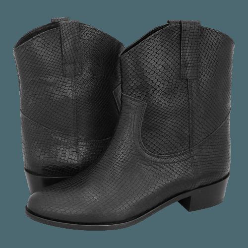 Gianna Kazakou Tver low boots