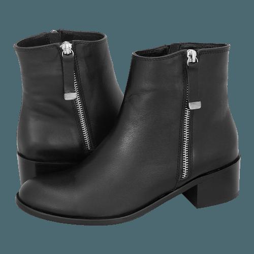 Gianna Kazakou Talovaya low boots