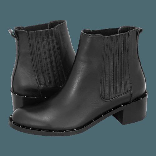 Gianna Kazakou Tsunade low boots