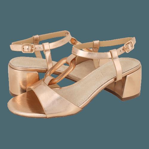 Miss NV Schlitz sandals